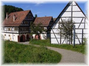 Ausflüge -Metzingen Tuebingen Bad Urach Reutlingen